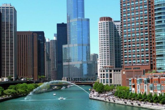 5 Cool Things to Do When Visiting Chicago, Illinois