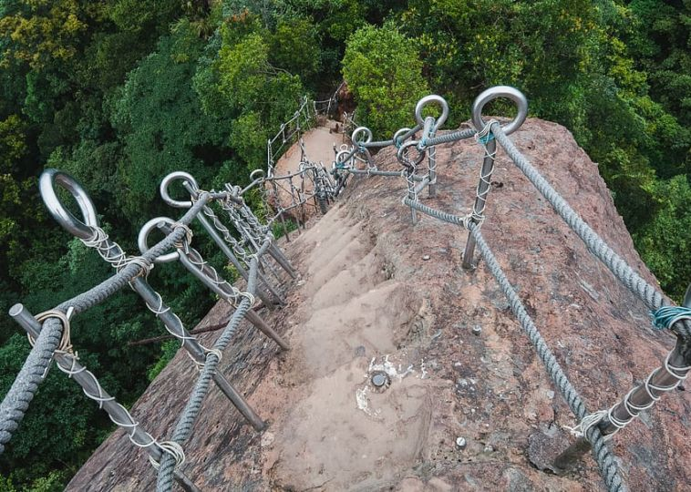 Hike the Pingxi Crags
