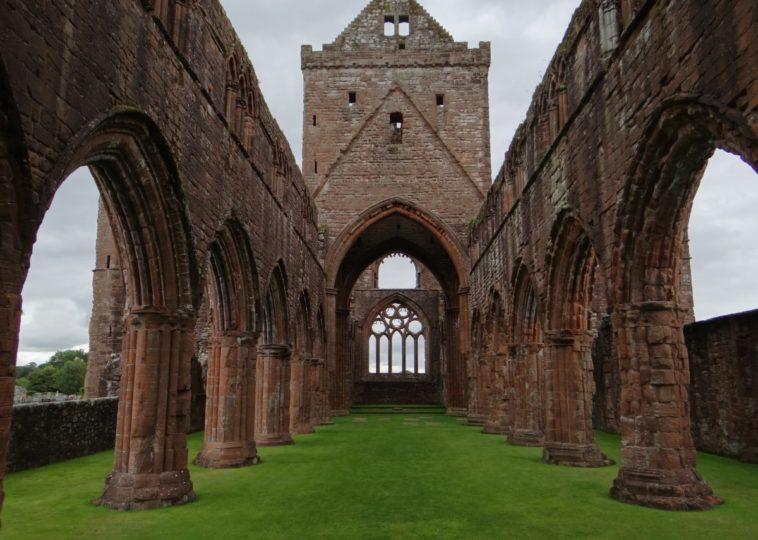Sweet Heart Abbey, Scotland